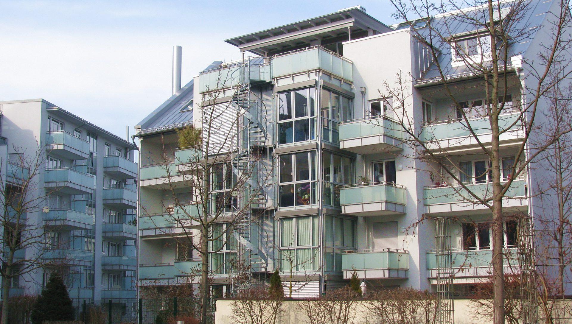 Neubau Wohnanlage Hinterhof